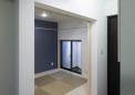 玄関横には畳の予備室