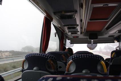 13バスでエヴォラの町へ