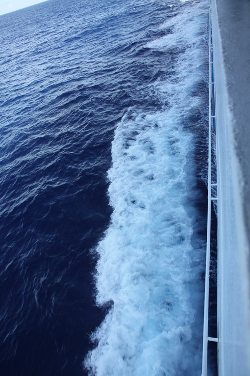 15外洋の海は青色_6185